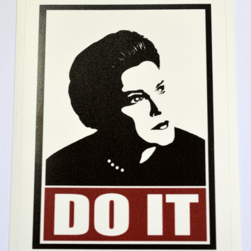 "Janeway ""Do It"" Star Trek Voyager Sticker"