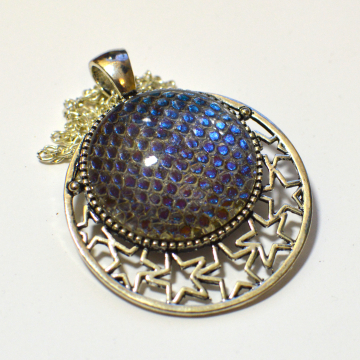 Dragon Skin Blue to Purple Stars Pendant